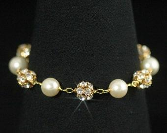 Bridal Bracelet, Rhinestone Bracelet, Cream Swarovski Pearls, Gold, Bridesmaid Bracelet, Wedding Jewelry, Bridal Jewelry -- PORTIA