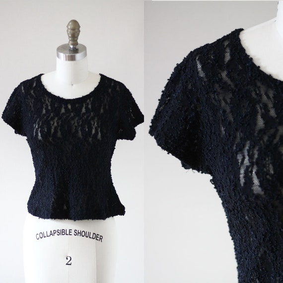 1980s Black lace top // short sleeve black top // 1980s lace top