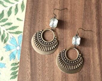 vintage glass gem + vintage brass earrings - clear