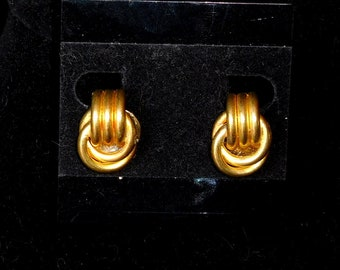 Love Knot Gold Plated Clip On Earrings
