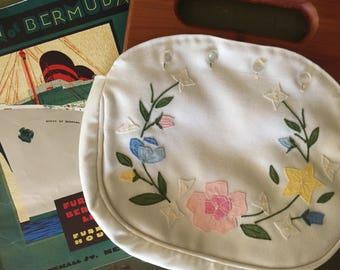 Vintage Bermuda Bag, 3 Covers, Triminghams Lining, 1970s, Classic Preppy Accessory,  linen and velvet, monogram, floral applique