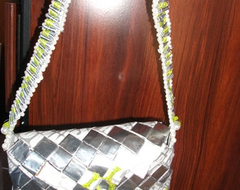 handbag recycled magazine paper