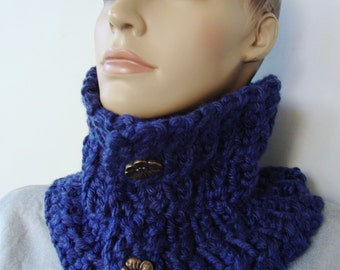 Infinity Scarf, Cowl Scarf, Neck Warmer, Scarves, Navy Blue Scarf, Chunky Scarf, Midnight Blue Scarf, Scarf with Buttons, Hand Crocheted