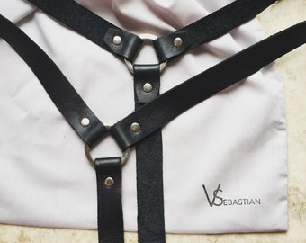 Harness 01 | White or Black