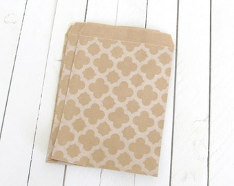 100 -Kraft Brown Paper Bags with Quatrefoil Print -4 x 5 3/8 inches-favor bags,merchandise bags,brown paper bags,gift bags,candy buffet bags