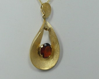 Amazing Estate 14 K - 18 K Gemstone Necklace with Garnet