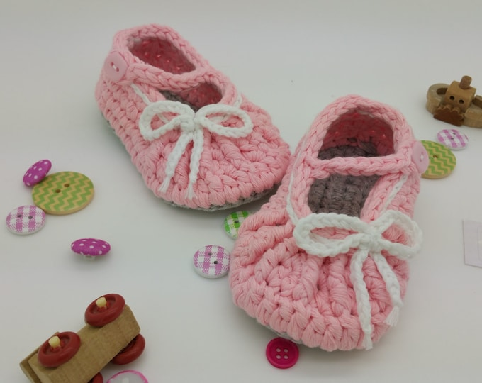 Featured listing image: Crochet baby slippers ballerine newborn