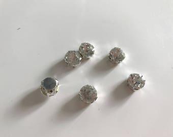 Rhinestone Crystal has sew silver 10 mm base