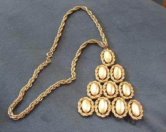 Vintage Statement Necklace in Gold