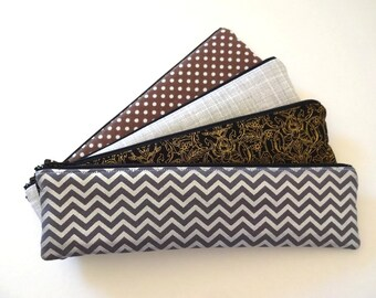 Makeup Brush Holder, Slim Pencil Case, Small Cosmetic Bag, Makeup Bag, Long Zipper Pouch - 4 Selections, Silver, Golden, Cray,Chevron,Floral