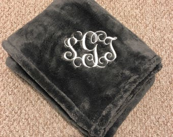 FREE Monogram Fuzzy Fleece Sherpa like balnket throw for the home soft minky