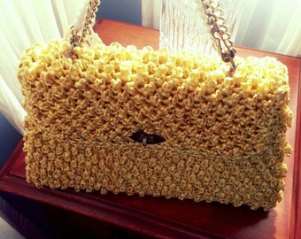 Amazing For The Summer! Vintage Yellow Pocketbook with chain and beaded handles.
