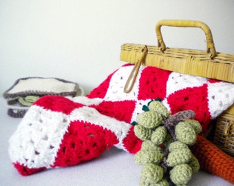 Crochet Picnic Blanket in Bright Red and White - crochet gift for boys - crochet gift for girls - picnic play set throw