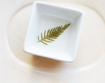 Green Leaf Dish, Fern Ring Dish, Floral Jewelry Holder, Small Organizer, Ceramic Ring Dish