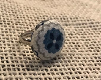 Adjustable fabric button ring!