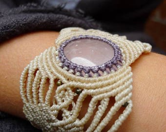 Bracelet with crimp beig lilac and pink quartz