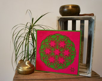 """Flower of life, Art Textile (synthetic fiber). Wall hanging, Mandala pattern """"Flower of life changing"""", 30 x 30 cm, pink and green."""