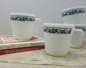 Pyrex Mugs set of four Old Town, vintage pyrex