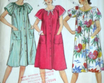 Vintage 80's McCall's 2559 Sewing Pattern, Misses' Dress, House Dress, Size Medium 14-16, 36-38 Bust, Casual Wear 1980's Fashion
