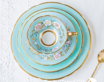 Exquisite vintage Royal Stafford Garland cabinet teacup QUAD / four-piece set in blue, for the collector