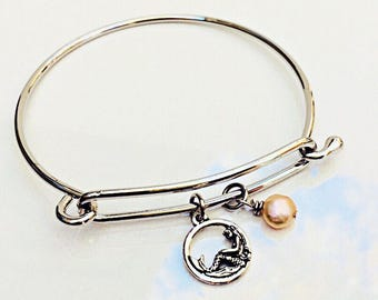 Mermaid Pearl Bangle