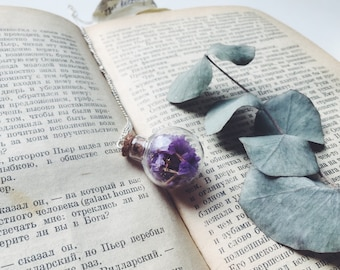 Purple flower necklace - violet pendant - glass ball pendant with real dried statice petals - botanical jewelry