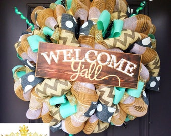 Spring wreath, welcome yall, welcome yall wreath, deco mesh wreath, summer wreath, front door wreath, year round wreath, everyday wreath