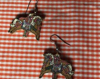 adorable vintage wooden carousel earrings