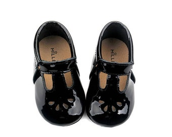 Baby Mary Jane t-bar shoes - vintage style black patent leather moccasins newborn toddler walker - teardrop cutout