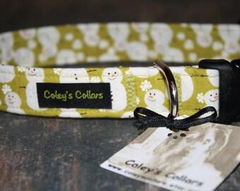 "Christmas Snowman Dog Collar ""Mr Snow in Green"""