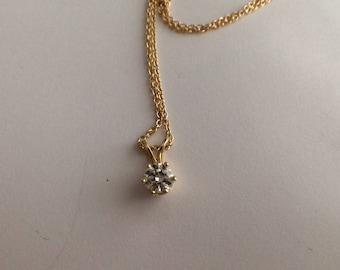Diamond Pendant Beautiful 14K Yellow Gold 1970