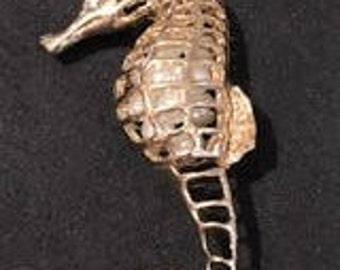 Gold Sea Horse Pendant Necklace Set