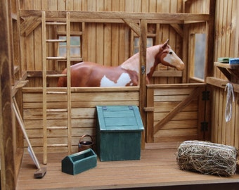SALE! Model Horse Stable/Diorama 1:9 scale