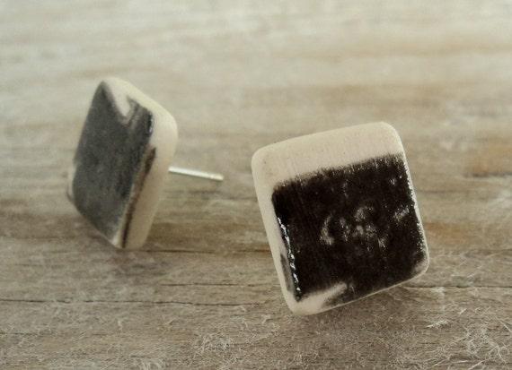 Black & white semi porcelain stud earrings