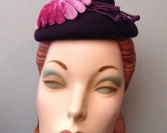 Pillbox-Cocktail Hat-Beret-Hand Blocked Aubergine Amethyst Mini Chapeaux with Fuchsia Silk Velvet Flower and Purple Buds