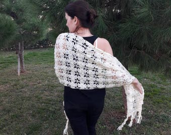Wedding shawl, wedding accesories, bride shawl, white wedding, weddings, bredismaid shawl, wedding shrug, wedding knitting shawl
