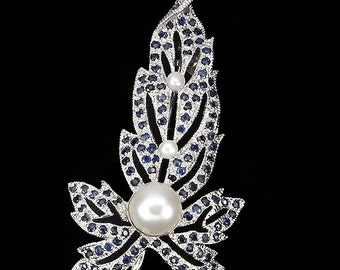 2ctw Blue Sapphire and Pearl Sterling Silver Brooch