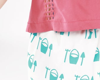 SUPER SALE: Reversible kids tencel and cotton Skirt 'Buckets'. Hand-printed with care and joy