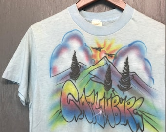 S thin vintage 80s Gatlinburg Tennessee airbrush tourist t shirt