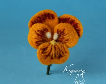 Pansies brooch, Orange flowers jacket pin, Needle felted wool brooch, Natural floral jewelry, Spring accessory badge, Mother day small gift
