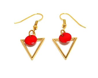 Golden triangle and round red sequin earrings
