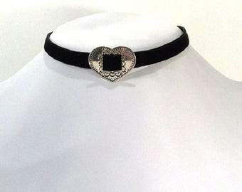 Heart and black velvet Choker necklace