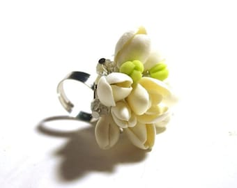 Handmade Ring. Fashion Flower Floral Ring. Women Accessories. Cold porcelain.