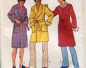 1970s Mens Bathrobe Pattern Simplicity 7080 Sz SM 34 36 Monogram Transfer Pockets Self Tie UNCUT