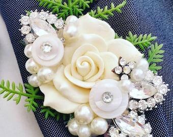 bespoke brooch, flower, Alternative, ladies buttonhole, Grooms boutonniere, buttonhole, Wedding corsage, wedding accessories, corsage,