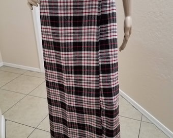 1990's Charter Club Wool Blend Long Red, Grey and Black Plaid Wrap Skirt Fringed