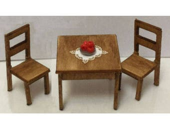 Quarter Inch Scale Kitchen Table and Chairs Dollhouse Furniture Kit.