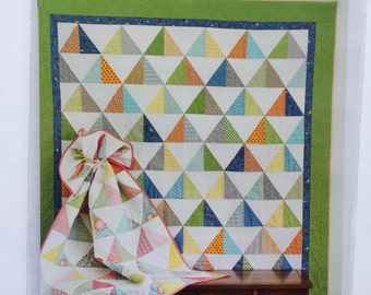 TO THE POINT quilt pattern by Cluck Cluck Sew - fat quarter, layer cake and scrap friendly,- 3 sizes included. No templates!