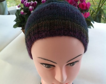 Hand-knitted woolen hat(cap) plum, green, chestnut