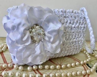 SALE White Small Clutch, Gift for Her, White Purse, Wedding Clutch, Bridal Clutch, White Bag, Clutch, Purse, Bag, Vegan Bag FREE SHIPPING